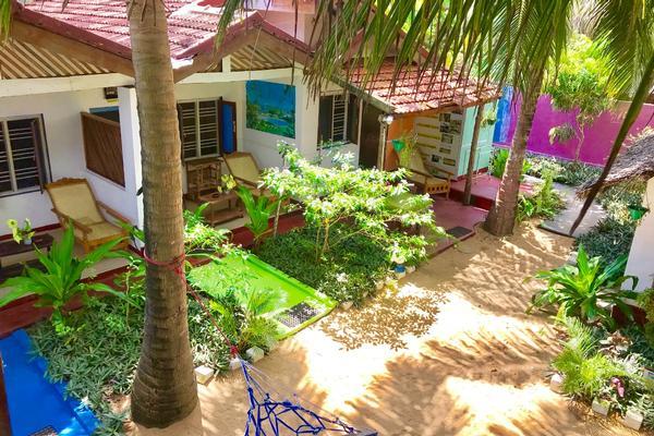 star rest surf camp arugambay